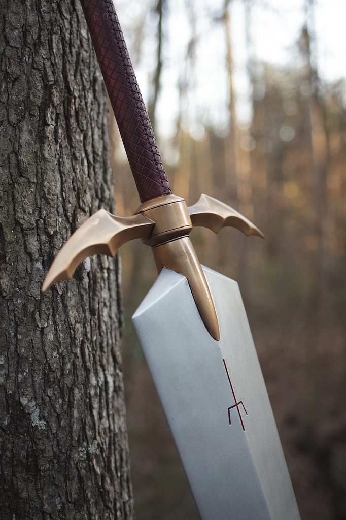 Claymore_Sword_6884811883_812b3dcfc8_b